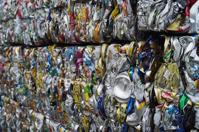「缶・ビン」容器包装リサイクル事業